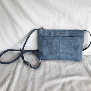 Roots cross body purse